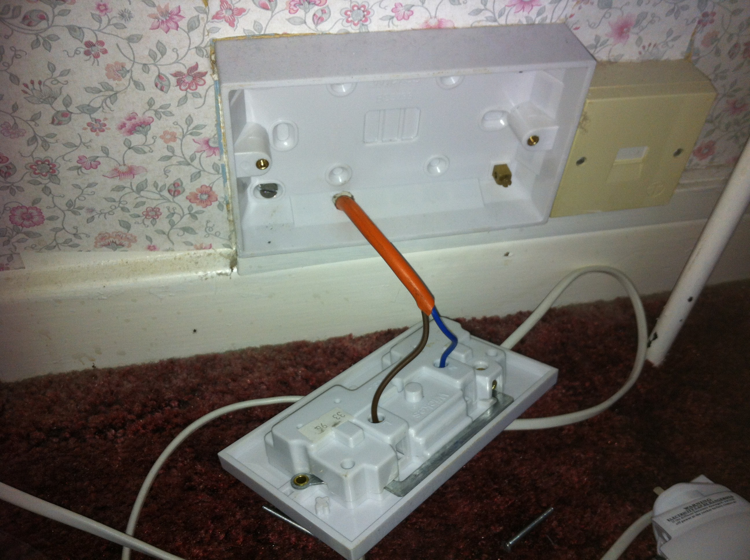 Electrician Brighton And Hove Powerwise Electrical Ltd Wiring Henley Block Not A Good Socket